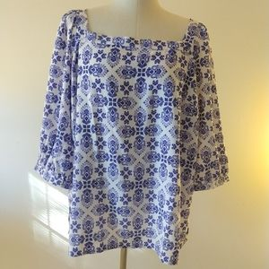 NWT Loft Medallion top